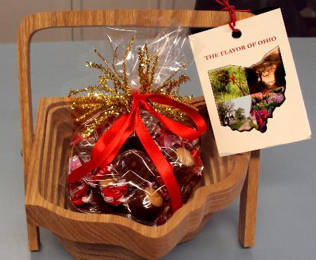 Amish Fold Down Basket With Buckeyes